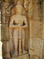 Asisbiz C Banteay Kdei Temple hall of dancers Bas relief guardian 03