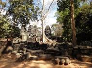 Asisbiz D Banteay Kdei Temple Gopuram W Entry towers main sanctuary 04