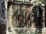 Asisbiz D Banteay Kdei Temple central sanctuary Bas reliefs 01