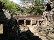 Asisbiz D Banteay Kdei Temple central sanctuary enclosure 05