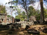 Asisbiz D Banteay Kdei Temple central sanctuary enclosure 07