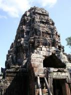 Asisbiz D Banteay Kdei Temple central sanctuary tower 03