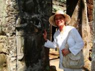 Asisbiz D Banteay Kdei Temple main enclosure Bas relief devas 07