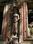 Asisbiz D Banteay Kdei Temple main enclosure Bas relief devas 14