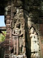 Asisbiz D Banteay Kdei Temple main enclosure Bas relief guardian 03