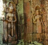 Asisbiz D Banteay Kdei Temple main enclosure Bas relief guardian 04