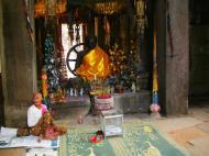 Asisbiz D Banteay Kdei Temple main enclosure Buddha Jan 2010 06