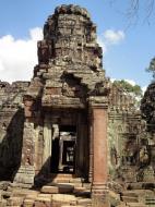 Asisbiz D Banteay Kdei Temple main enclosure inner passageways 02