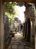 Asisbiz D Banteay Kdei Temple main enclosure inner passageways 11