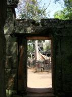 Asisbiz D Banteay Kdei Temple main enclosure inner passageways 15