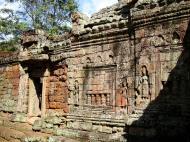 Asisbiz D Banteay Kdei Temple sanctuary outer wall Bas reliefs 01