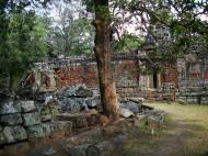 Asisbiz D Banteay Kdei Temple sanctuary outer wall Bas reliefs 03