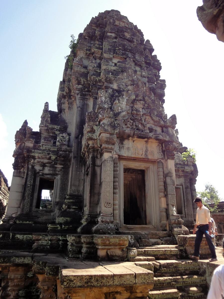 Banteay Samre Temple main sanctuary East Baray 02