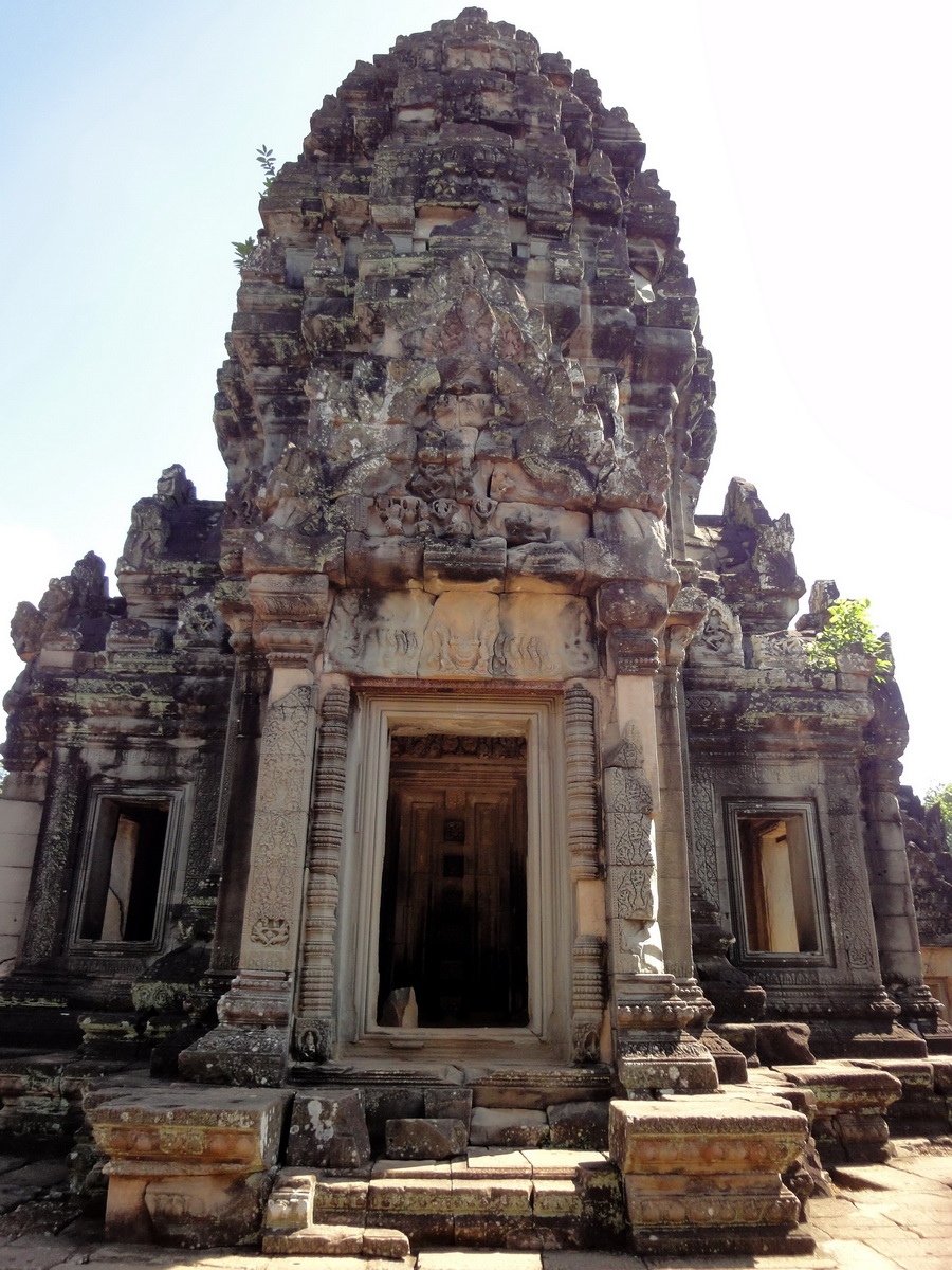 Banteay Samre Temple main sanctuary East Baray 03