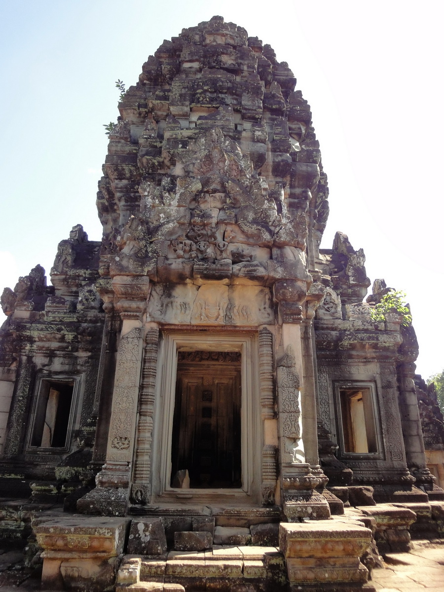 Banteay Samre Temple main sanctuary East Baray 04