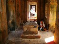 Asisbiz Banteay Samre Temple main sanctuary East Baray 18