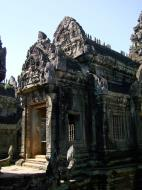 Asisbiz Banteay Samre Temple main sanctuary libraries East Baray 14