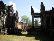 Asisbiz Banteay Samre Temple main sanctuary libraries East Baray 17