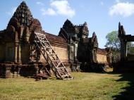 Asisbiz Banteay Samre Temple main sanctuary libraries East Baray 19