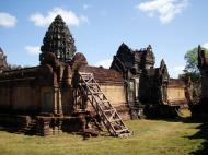Asisbiz Banteay Samre Temple main sanctuary libraries East Baray 25
