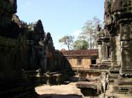 Asisbiz Banteay Samre Temple main sanctuary libraries East Baray 28