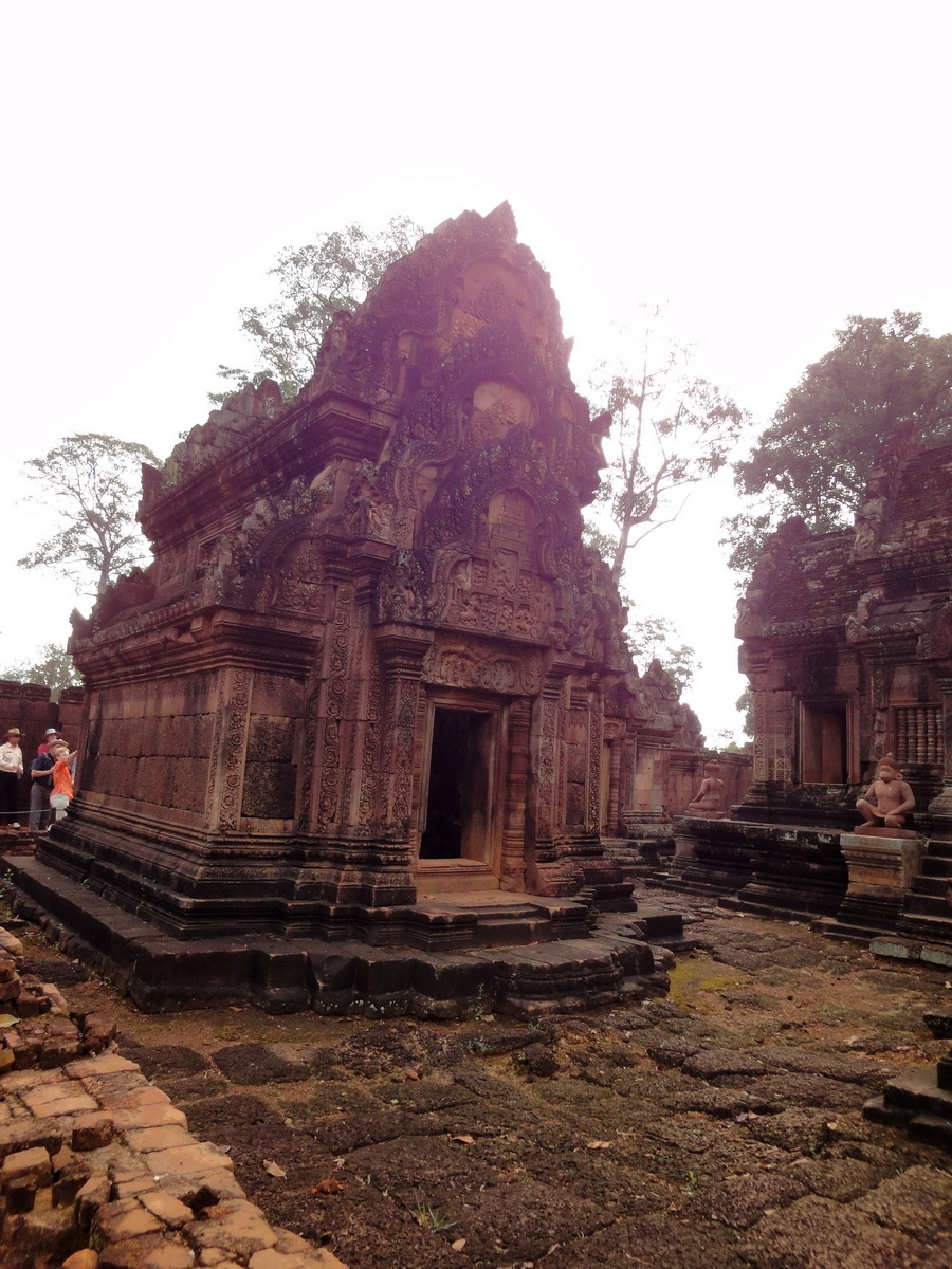 Banteay Srei Temple innately carved sandstone libraries 02