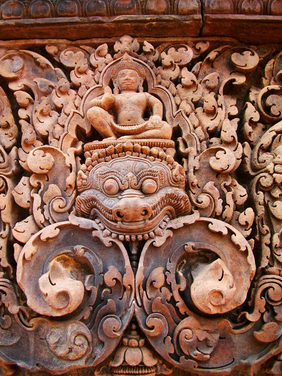 Gate arch carving of Kala a mythical creature of the god Siva 15