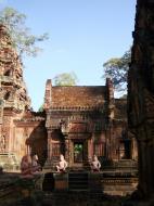 Asisbiz Banteay Srei 10th century architecture inner sanctuary area 07