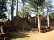 Asisbiz Banteay Srei Hindu Temple boundary entrance courseway 15