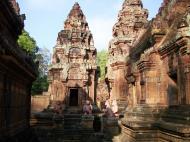 Asisbiz Banteay Srei Hindu Temple red sandstone Gopura arches 02