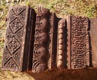 Asisbiz Banteay Srei Hindu Temple red sandstone carved pillars 02