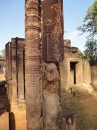 Asisbiz Banteay Srei Hindu Temple red sandstone carved pillars 05