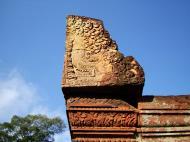 Asisbiz Banteay Srei Hindu Temple red sandstone carved pillars 11