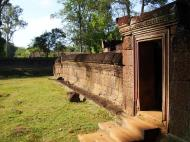Asisbiz Banteay Srei Temple 10th century architecture laterite walls 01