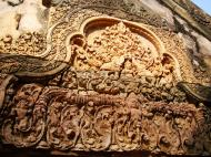 Asisbiz Banteay Srei Temple closeups of the innately carved sandstone arches 08