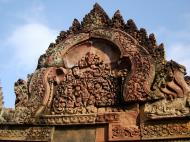 Asisbiz Banteay Srei Temple closeups of the innately carved sandstone arches 13