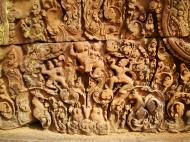 Asisbiz Banteay Srei Temple closeups of the innately carved sandstone arches 15