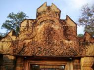 Asisbiz Banteay Srei Temple main entrance sandstone arch 02