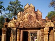 Asisbiz Banteay Srei Temple main entrance sandstone arch 03