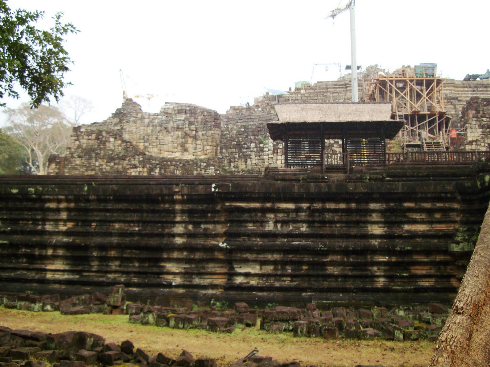 Baphuon temple Khmer style mid 11th century Angkor 05