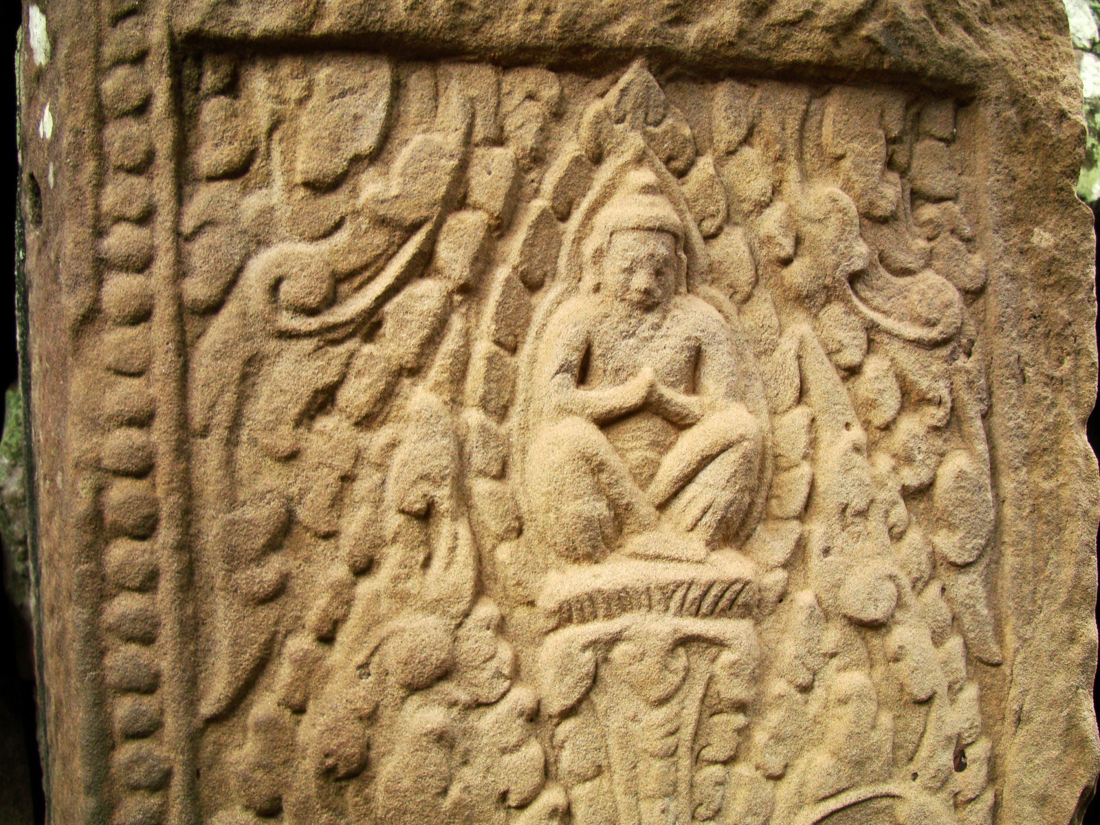 Bayon Temple Bas relief hermits in prayer Angkor 01