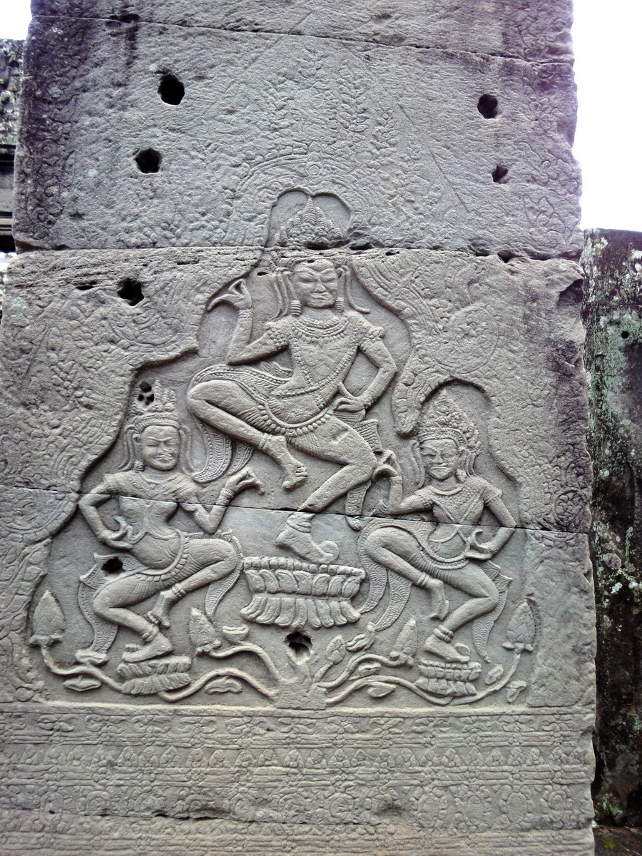 Bayon Temple Bas relief pillars three dancing apsaras Angkor 07