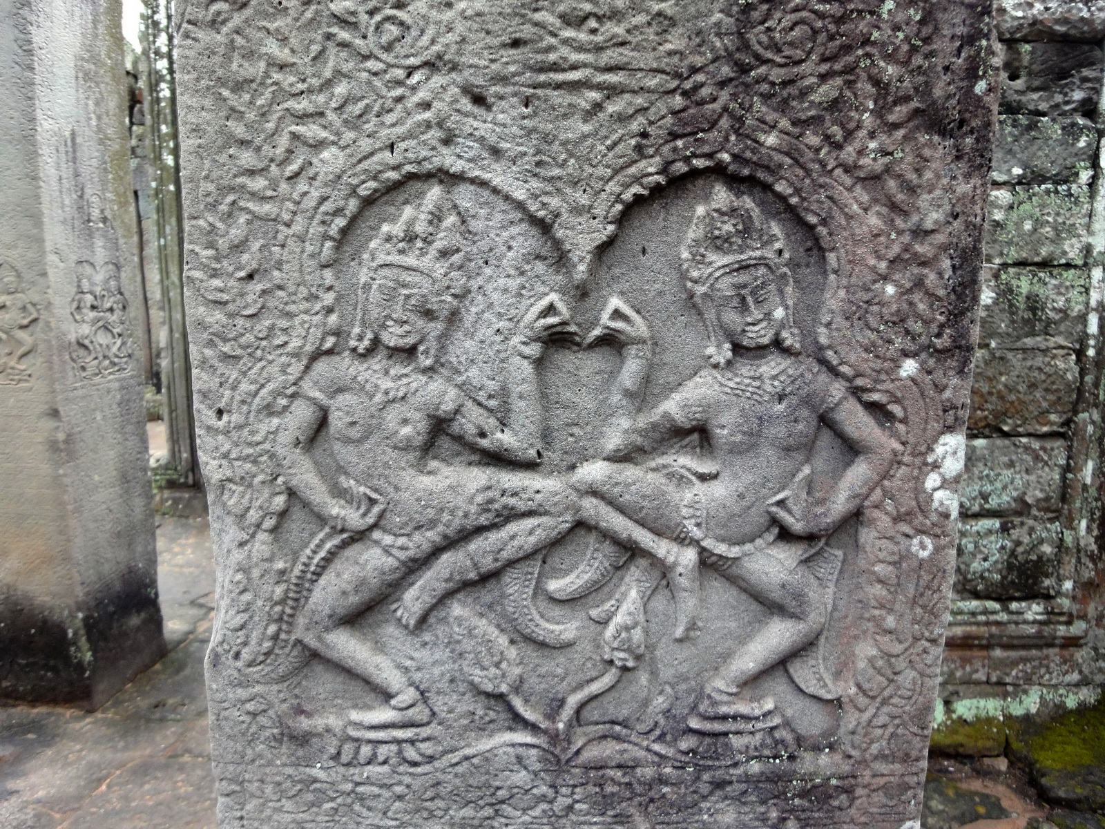 Bayon Temple Bas relief pillars two dancing apsaras Angkor 06