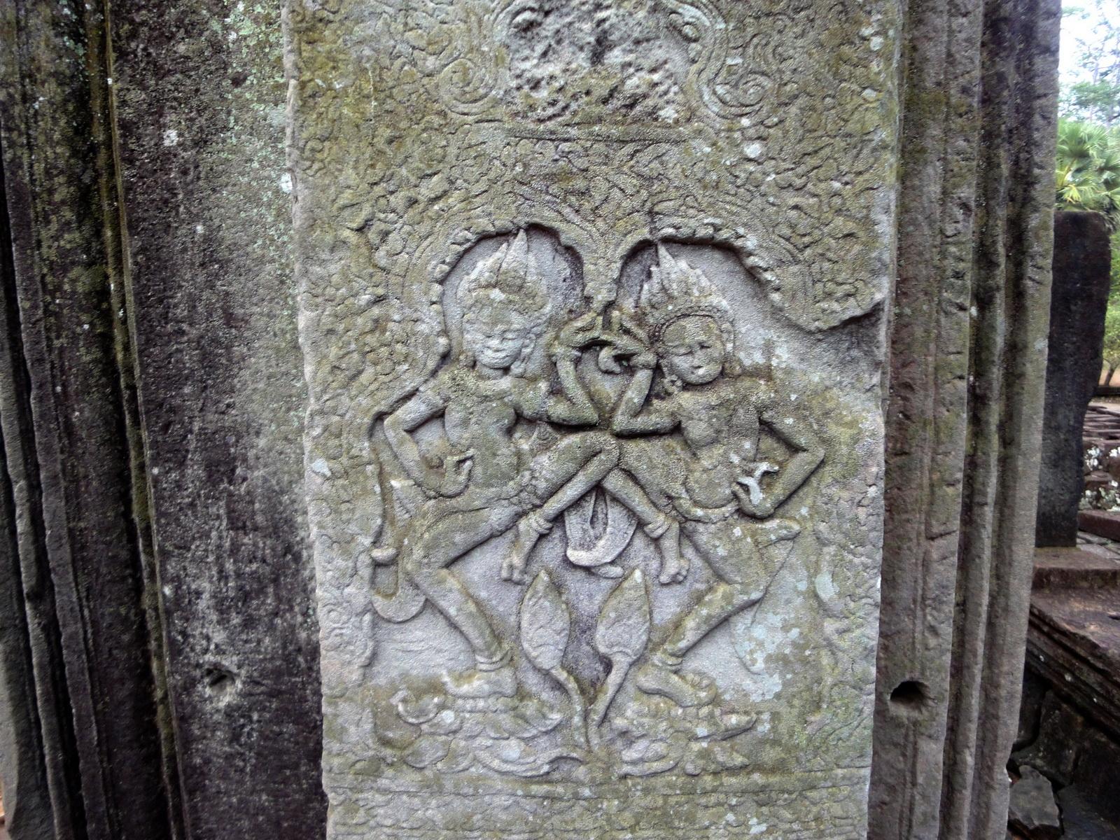 Bayon Temple Bas relief pillars two dancing apsaras Angkor 07