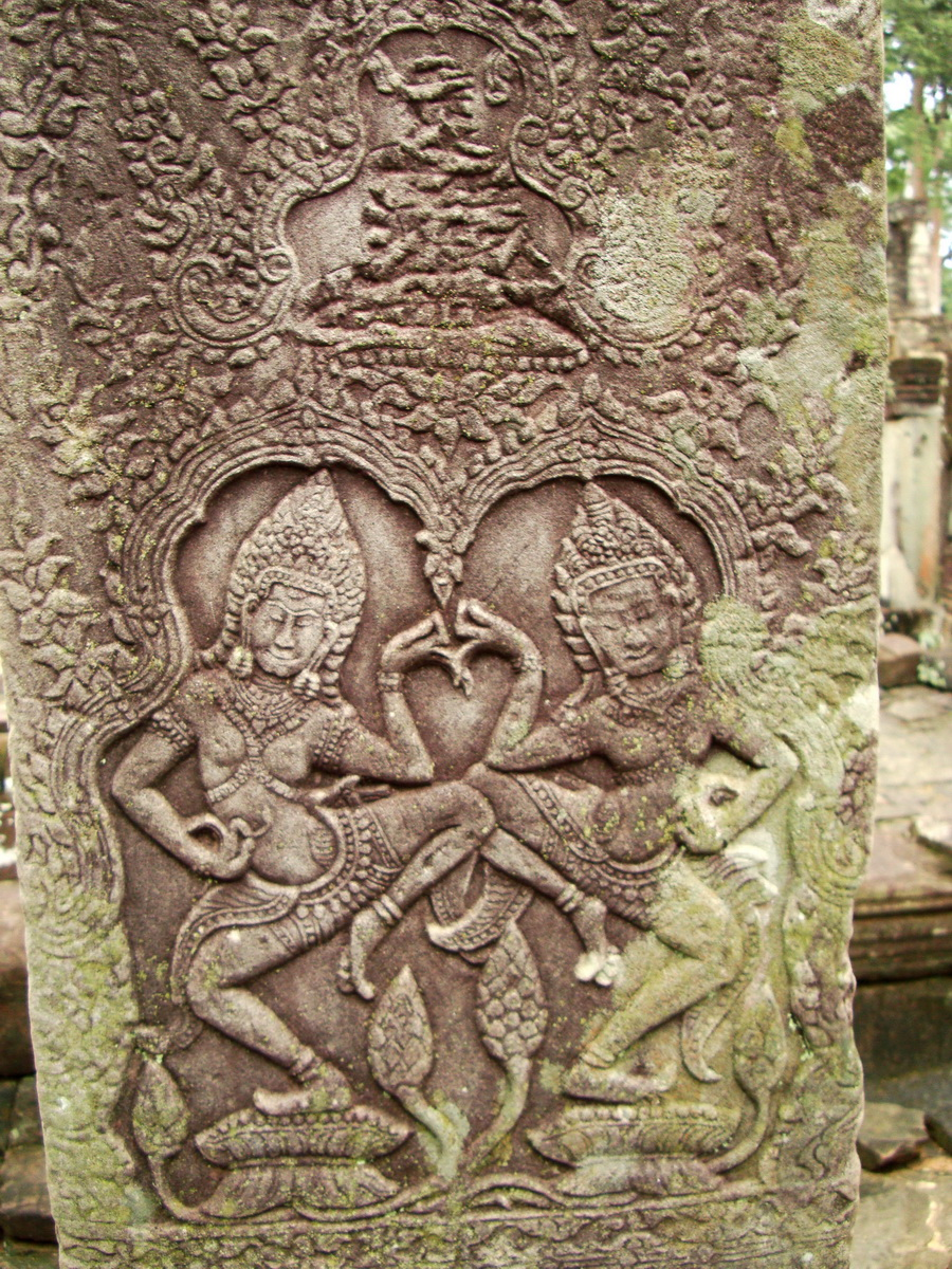 Bayon Temple Bas relief pillars two dancing apsaras Angkor 11