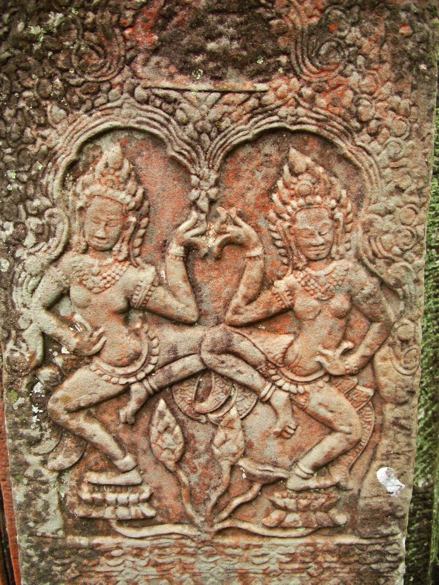 Bayon Temple Bas relief pillars two dancing apsaras Angkor 12