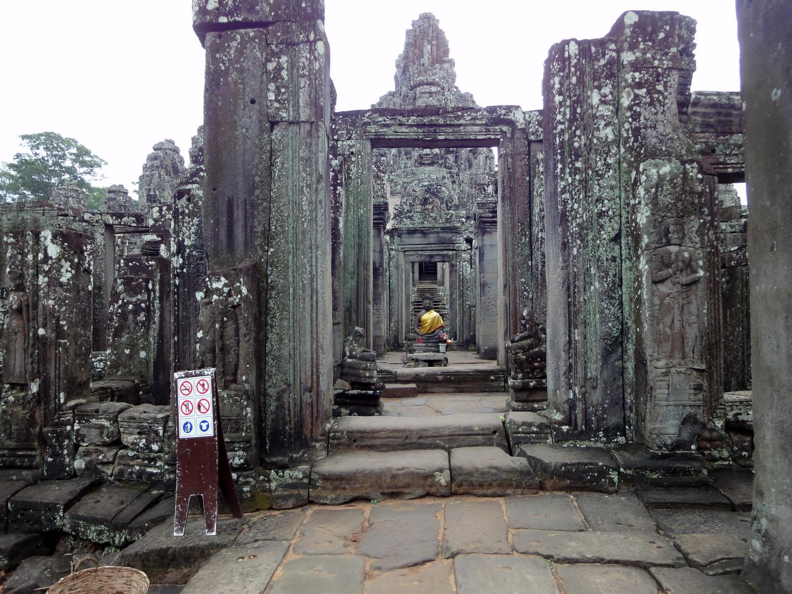 Bayon Temple eastern gopura Buddha statue Angkor Jan 2010 01