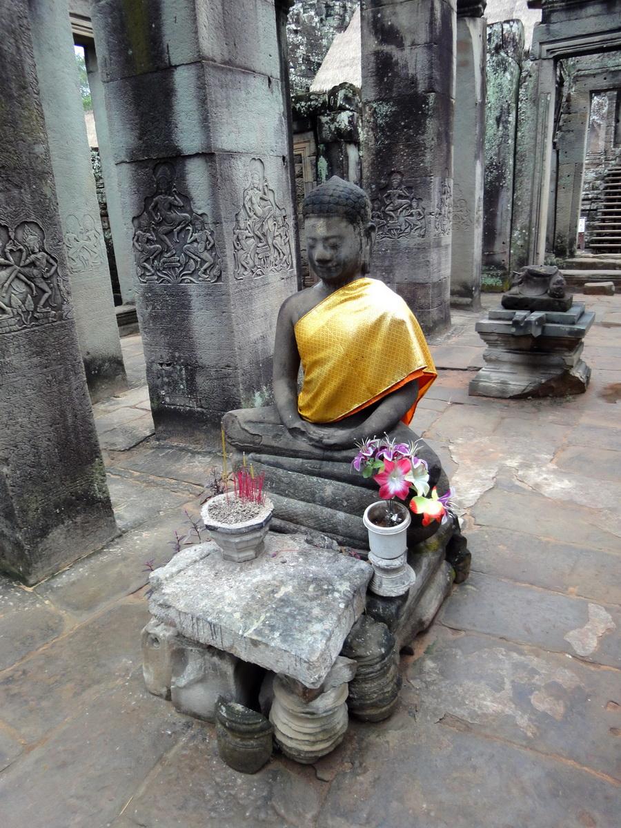 Bayon Temple eastern gopura Buddha statue Angkor Jan 2010 06