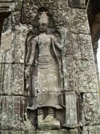 Asisbiz Bayon Temple Bas relief devatas Angkor 03