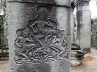 Asisbiz Bayon Temple Bas relief pillars three dancing apsaras Angkor 01